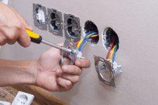 Капитальный ремонт: меняем электрику