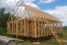 Строим свайный фундамент без лишних затрат