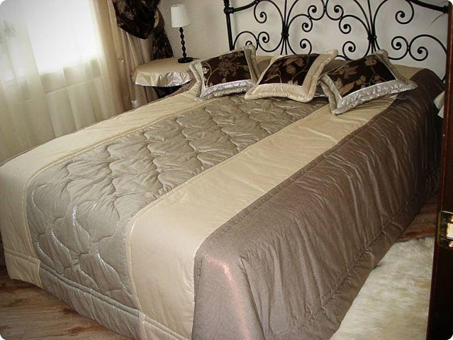 Покрывало на кровать в спальне: выбираем лучшее