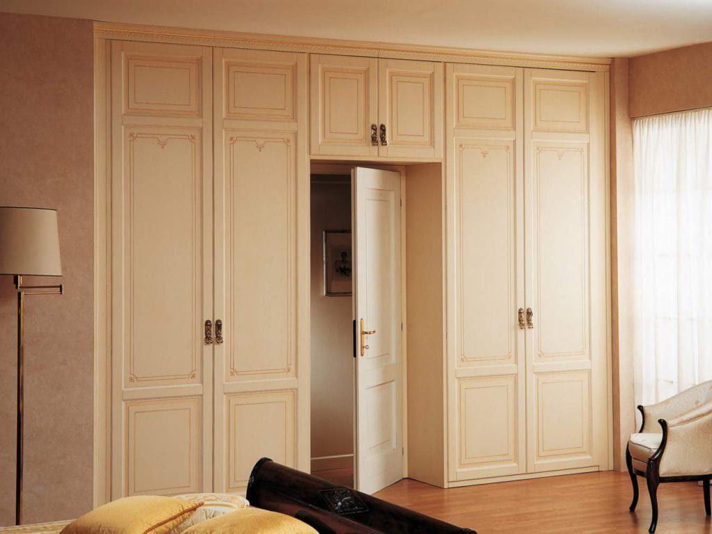 Оклейка дверей самоклеящимися обоями