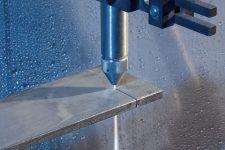 Основные варианты резки металла: их особенности, достоинства и недостатки